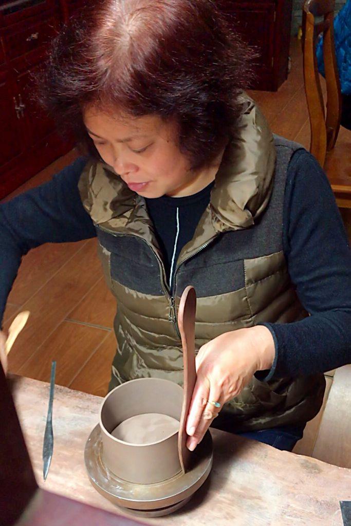紫砂高级研究员——朱亚云