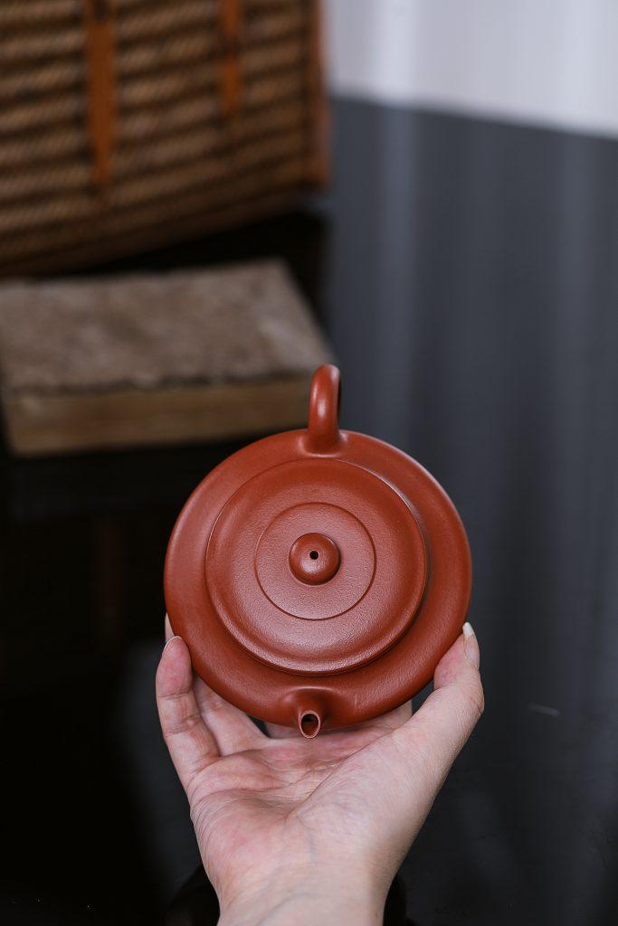 紫砂臻品 ‖ 朱亚云 —— 《书扁壶》