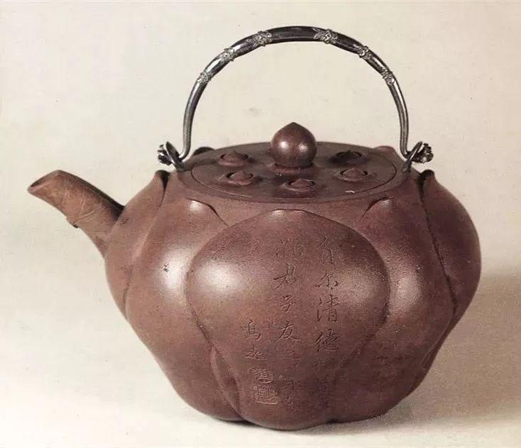 中国紫砂茗壶珍赏第61期——莲形银配壶