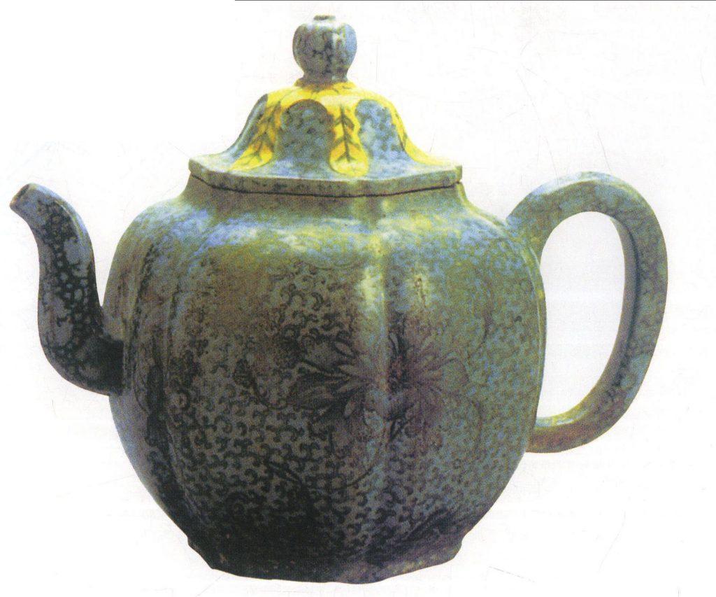中国紫砂茗壶珍赏第74期——绿釉瓜楞壶